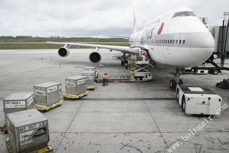 飞机对空运货物尺寸有哪些限制?